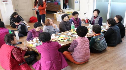 지역사회지원팀 찾아가는 이동복지관 사진